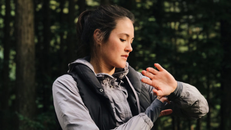 3 Signs You're a Control Freak and How to Let Go